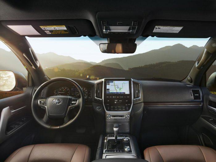 Toyota Land Cruiser 200 Series Рестайлинг